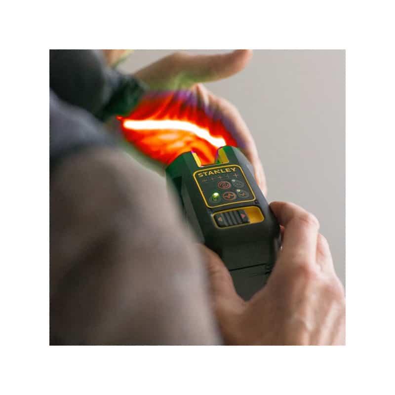 info pour 83ce0 68a5b Bottines de sécurité en cuir noir S3 PUMA Conquest 630730